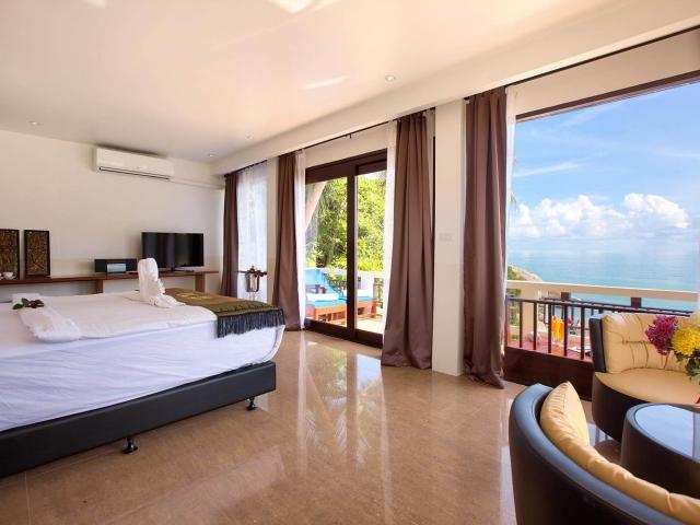 Crystal Bay Beach Resort Grand Seaview 1