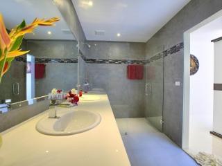 Crystal Bay Yacht Club Private Pool Villa 11