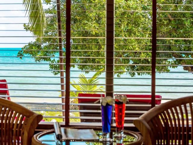 Crystal Bay Yacht Club Beachfront Villa 4
